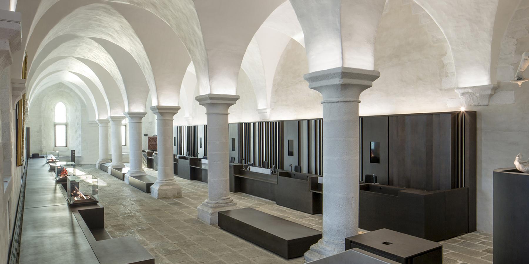 abbaye du mont saint michel dda architectes. Black Bedroom Furniture Sets. Home Design Ideas