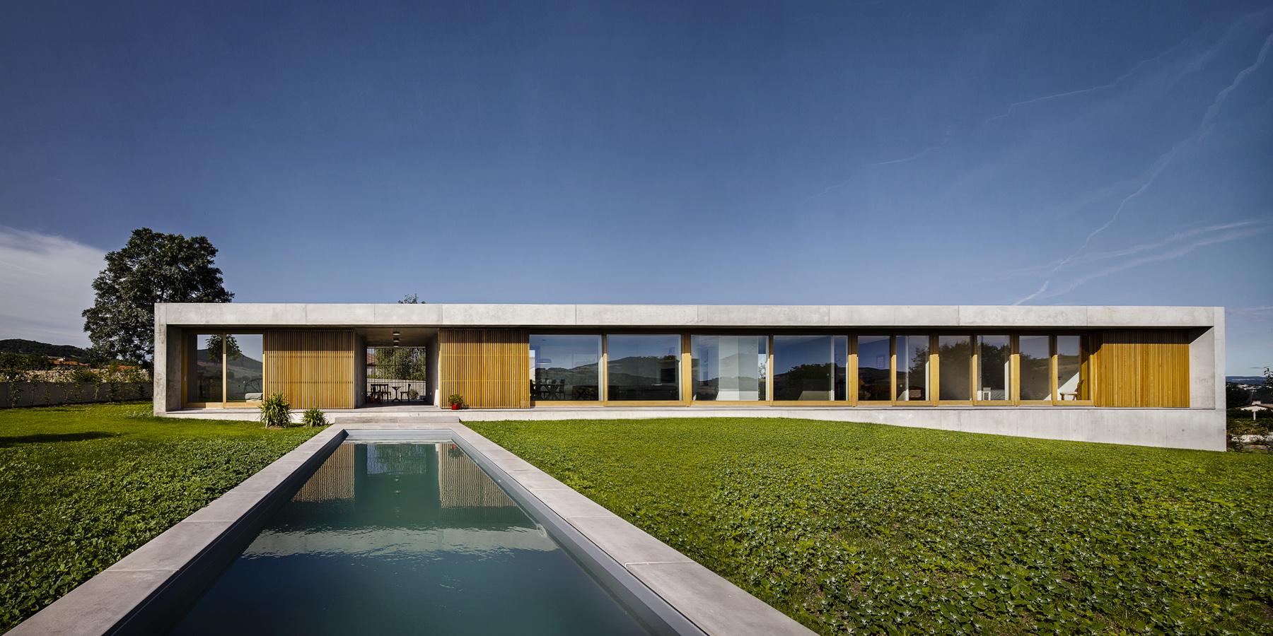 Prix maison d architecte top une petite maison moderne en for Architecte prix