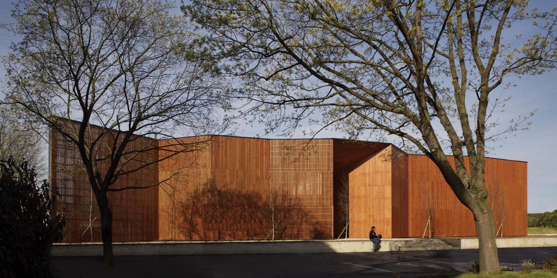 Centre Culturel Paul B De Massy Dda Architectes